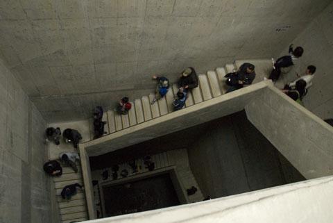 調圧水槽への階段