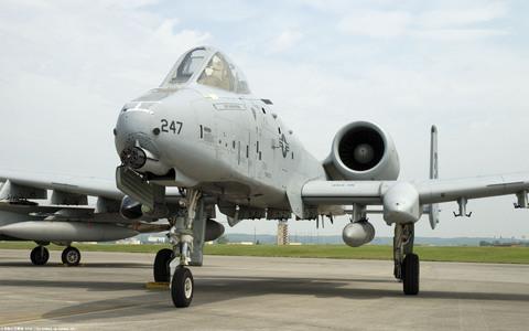 A-10サンダーボルトIIのPC用壁紙
