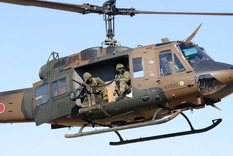 2009年 第1空挺団初降下訓練 その2 UH-1J