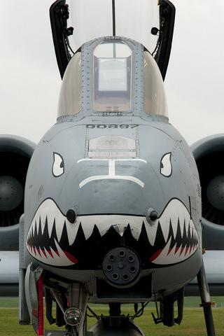 A-10攻撃機の iPhone 用壁紙画像