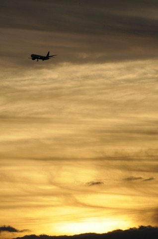 航空科学博物館からの初日の出と航空機撮影